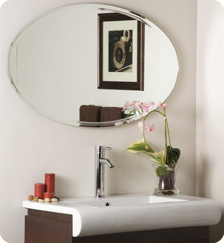 Decor Wonderland SSM1067 Oval Mirror