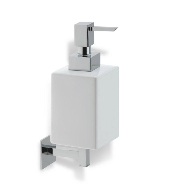 Nameeks U30 StilHaus Soap Dispenser